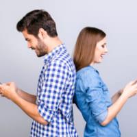 ネット恋愛って実際どう?男女の本音&成功させるコツを解説します!
