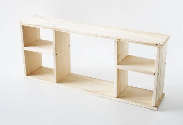 カットするだけでOK!昭和レトロな飾り棚の作り方3