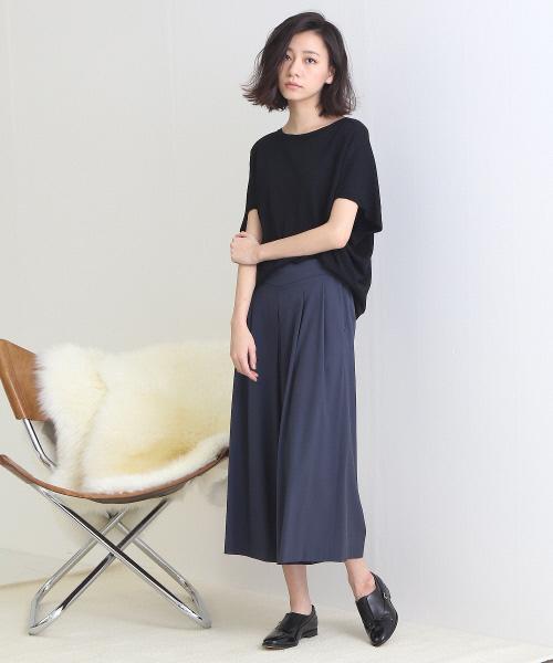 黒サマーニット×とろみスカート