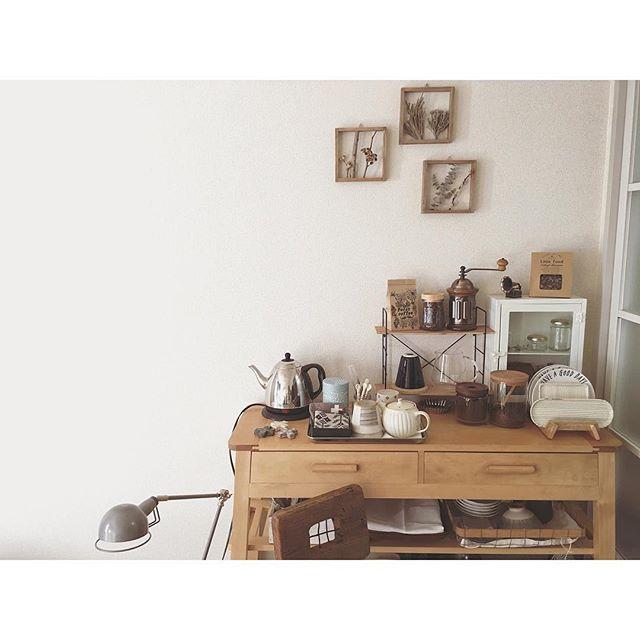 レトロモダンなコーヒーミルのある空間2