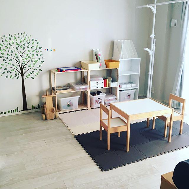 IKEAのデスク&チェア