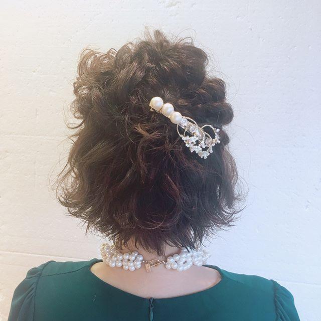 結婚式 ボブヘア 髪飾り2