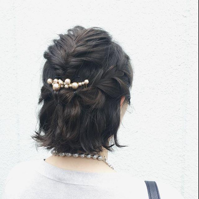 結婚式の髪型《ミディアム×ハーフアップヘア》2