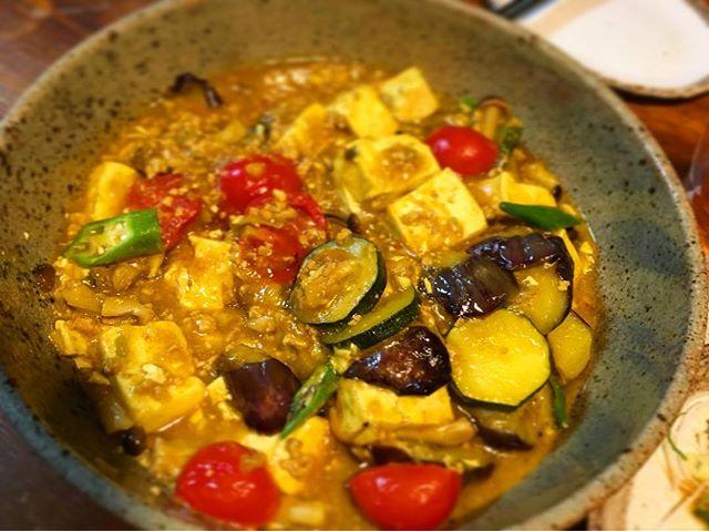 夏野菜麻婆豆腐カレー風味