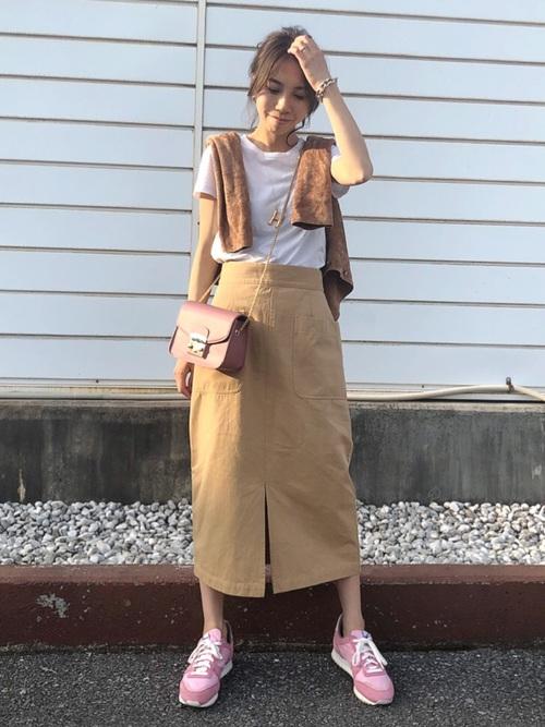 AZUL ENCANTO] 【洗濯機で洗える】【消臭効果】パッチポケットIラインスカート