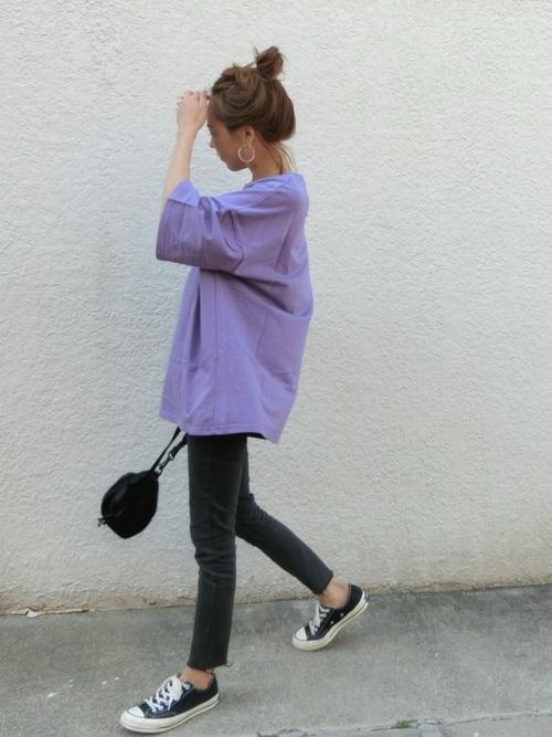 スキニー×BIGTシャツのボーイッシュコーデ
