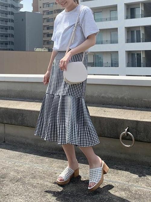 裾切り替えミモレ丈プリーツスカート
