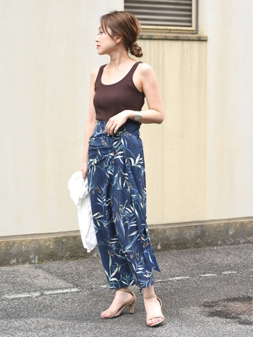 [Eimee Law & WASH] サイドリボンリーフプリントラップスカート