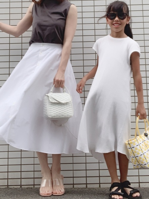 ユニクロスカート×大人女子3