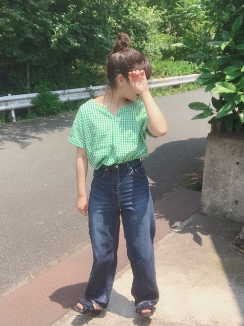 [SHOO・LA・RUE] バックリボンキーネックシャツ