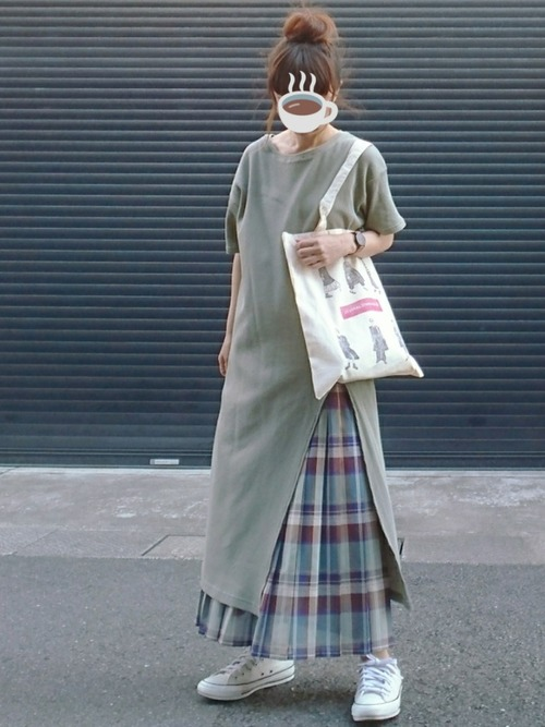《40代カジュアルファッション》スカートコーデ7