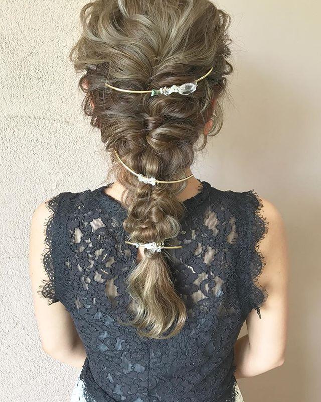 結婚式 ロングヘア 髪飾り5