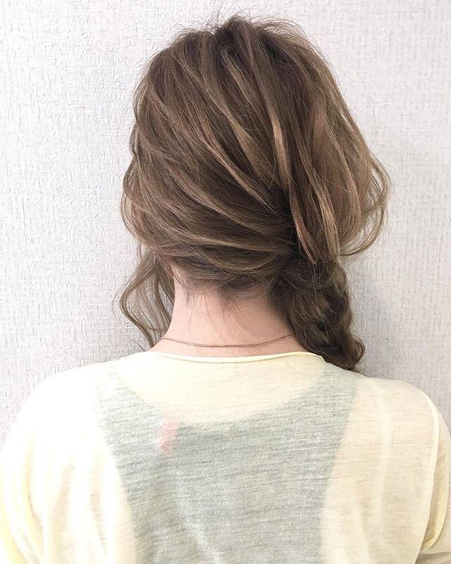 結婚式の髪型《ミディアム×アップヘア》11