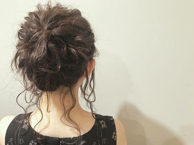 結婚式の髪型《ミディアム×アップヘア》17