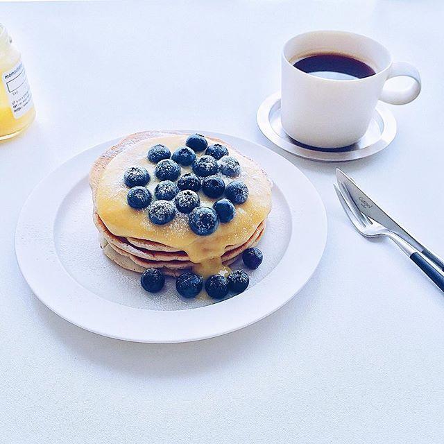 レモンカードとブルーベリーのパンケーキ