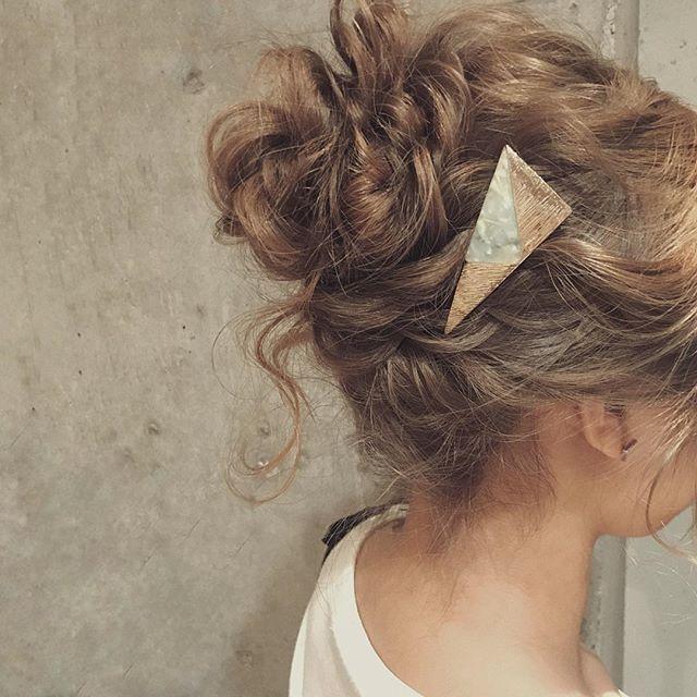 結婚式の髪型《ミディアム×アップヘア》6