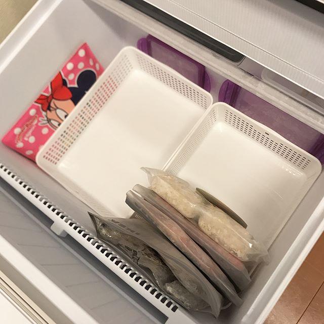 冷蔵庫内を仕切り収納2