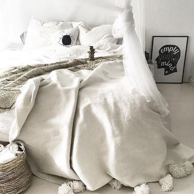 海外風インテリア 寝室