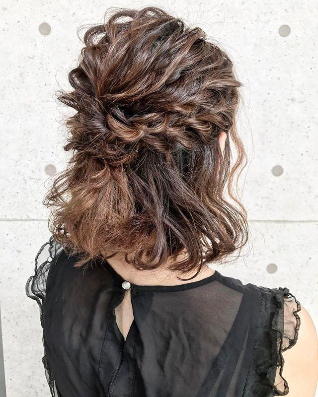 結婚式の髪型《ミディアム×ハーフアップヘア》5