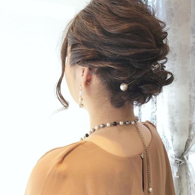 結婚式の髪型《ミディアム×アップヘア》3