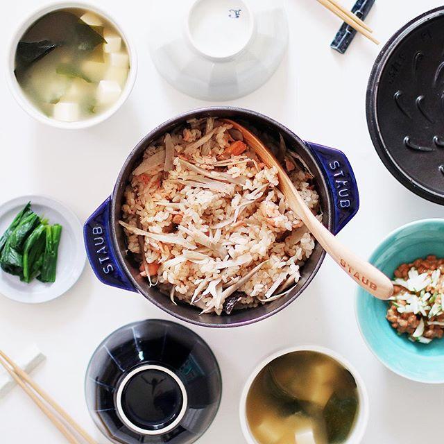 鮭とゴボウの炊き込みご飯