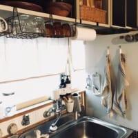 時短調理のカギは動線にあり!使いやすいコックピットなキッチンにする収納実例集