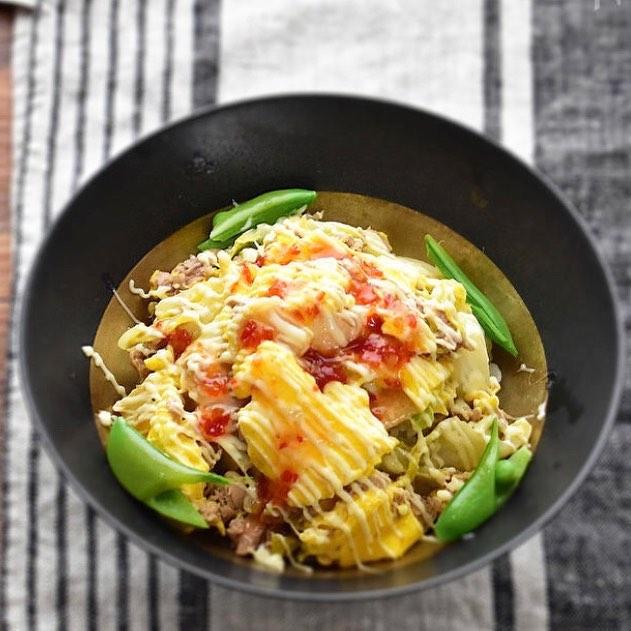 ツナと白菜とふんわり卵のエスニック丼