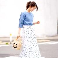 ライトブルーのシャツブラウスコーデ15選♡淡い爽やかカラーで涼しげに