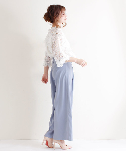 [Sawa a la mode] 花刺繍レースが可愛らしいふんわりブラウス