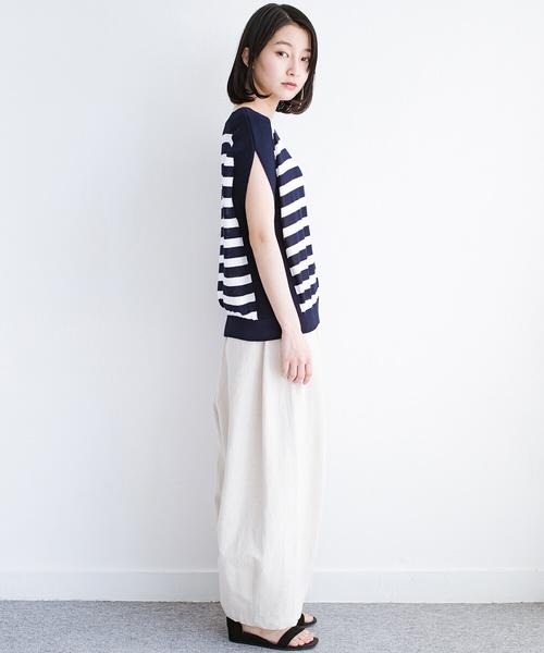[haco!] カットソー感覚で着られる 洗えるオトナニットトップス by MAKORI