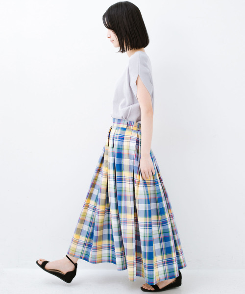 [haco!] 【WEB限定】【なんと洗濯機OK】シンプルトップスでも見映えコーデが完成するチェック柄ロングフレアースカート