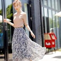 さらりと着られるふんわりスカート♪夏の着心地軽やかなスタイルをチェック!
