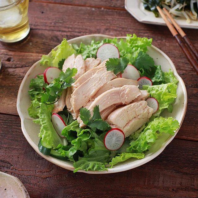 蒸し鶏のヘルシーサラダ