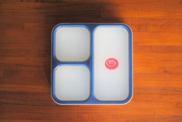 カバンにすっぽり収まる薄型お弁当箱「フードマン」