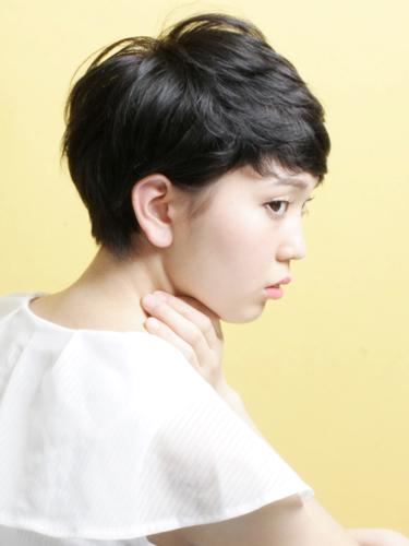 黒髪パーマ×ベリーショート2