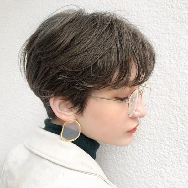 ベリーショート パーマスタイル メガネ13