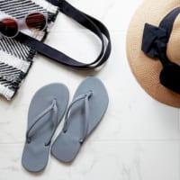 夏本番に向けて!【3COINS・ダイソーetc.】のおしゃれなビーチサンダル&帽子