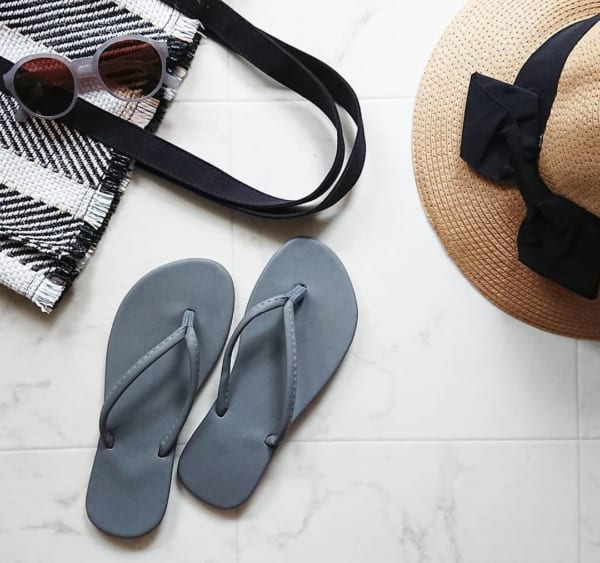 プチプラでおしゃれなビーチサンダル&帽子5