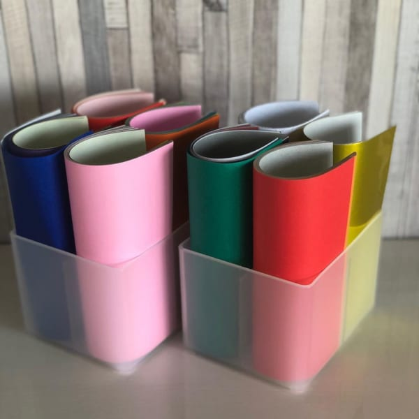4マス仕切りケースは折り紙入れに便利
