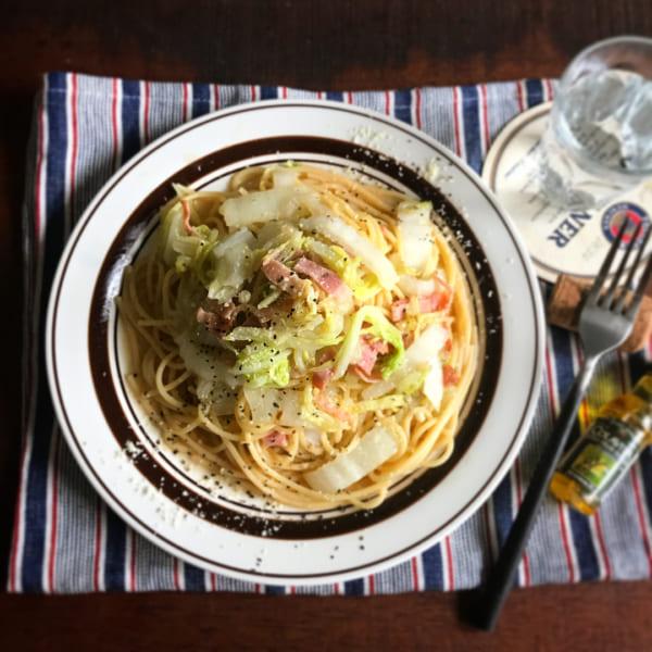 白菜とベーコンのバター醤油パスタ