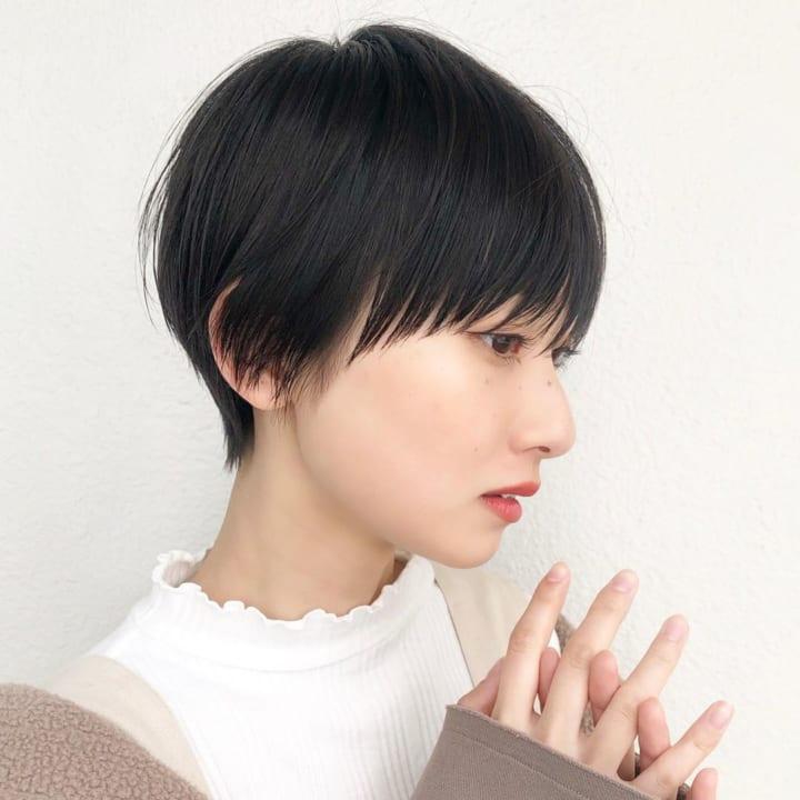 ハンサムショート×長めのぱっつん前髪