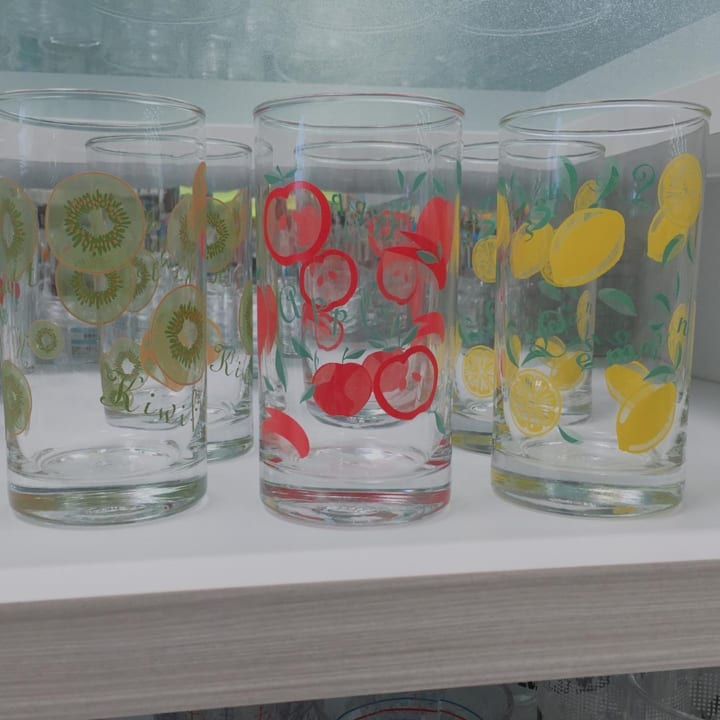 セリアのフルーツ柄グラス
