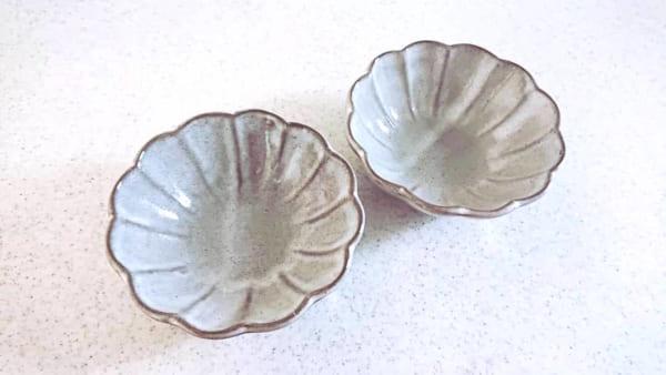 ダイソー 花型食器