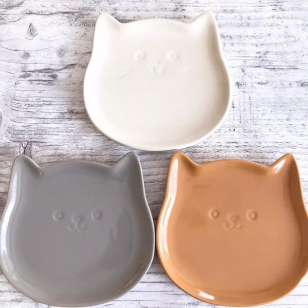 ゆる~いお顔の猫ちゃんプレートでまったりご飯