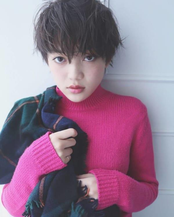 ハンサムショート×黒髪2