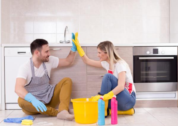 共働き夫婦の家事分担の実態とは