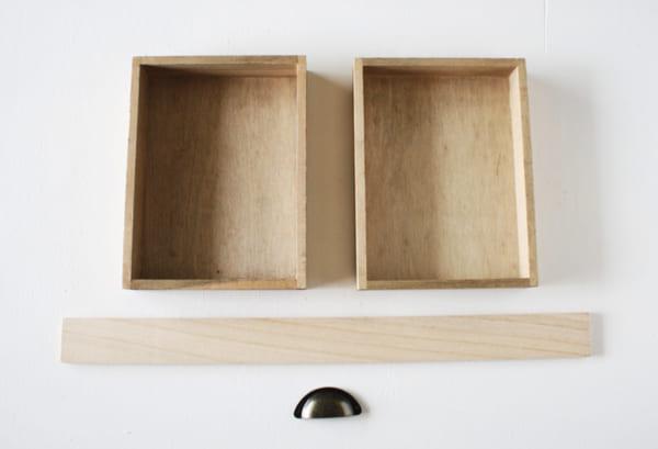 材料はセリア!「木製トレイ」をリメイク!