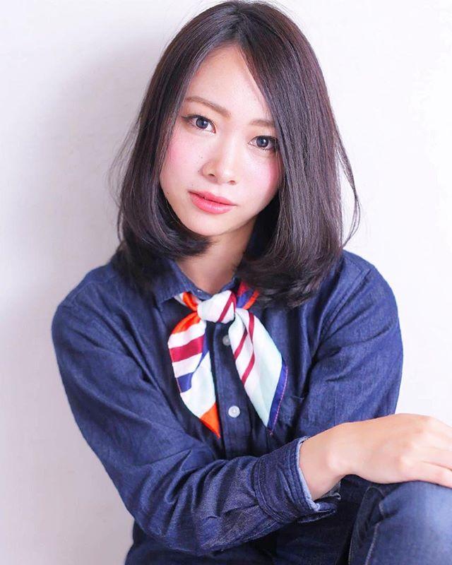 エラ張りさんに似合うミディアムの髪型6