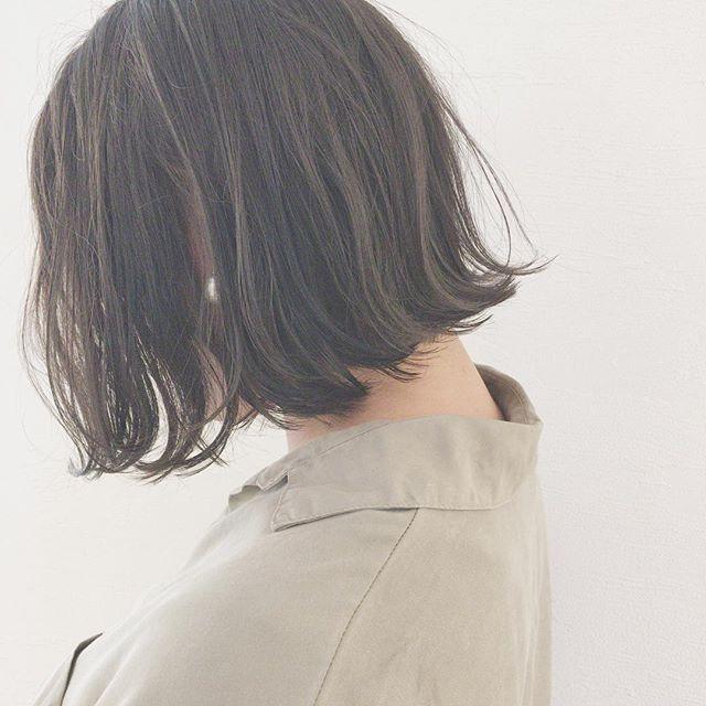 切りっぱなしミディアムヘア《黒髪》2
