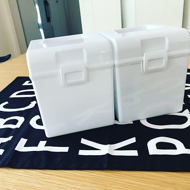 100均セリアのふた付きボックス